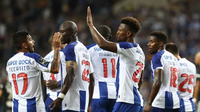 Dragão 'adulto' colheu os frutos: As notas do FC Porto-Santa Clara