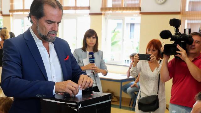 """Miguel Albuquerque abre a porta a """"coligação de governo"""" com CDS"""