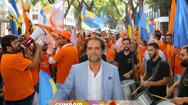 Fim da maioria absoluta do PSD, resultado histórico do PS e queda do CDS
