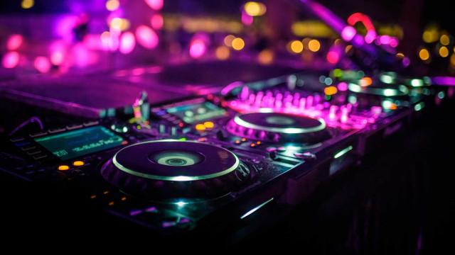 """Rui Reisinho, da tabela de letras ao DJ que """"fala"""" com o público"""