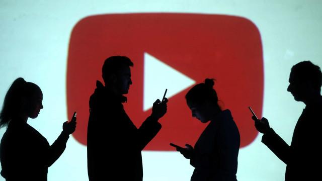 YouTube criticado, leva CEO a pedir desculpa a criadores de conteúdos