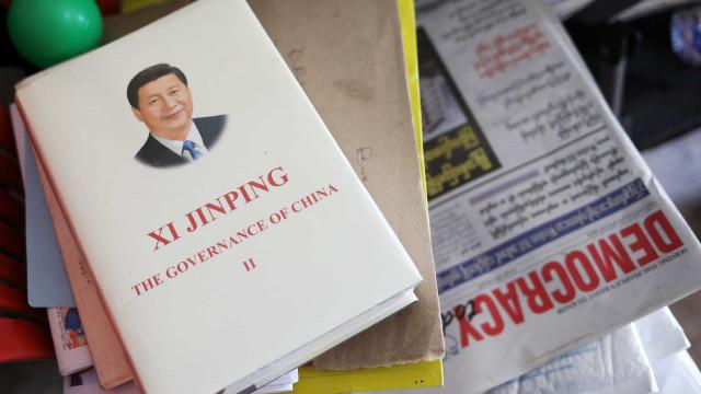 Ativista que pediu demissão de Xi Jinping morre sob custódia da polícia