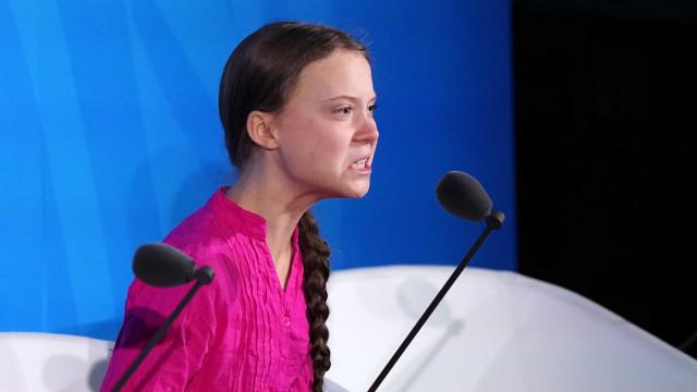 """Greta acusa líderes mundiais de lhe roubarem """"os sonhos e a infância"""""""