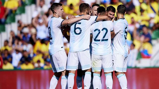 Argentina sai de Espanha com goleada no bolso e Acuña ajudou à festa