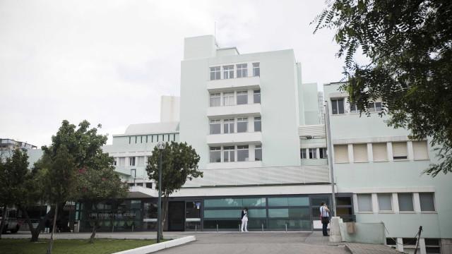 Sobrelotação da urgência levou Hospital de Setúbal a recusar ambulâncias