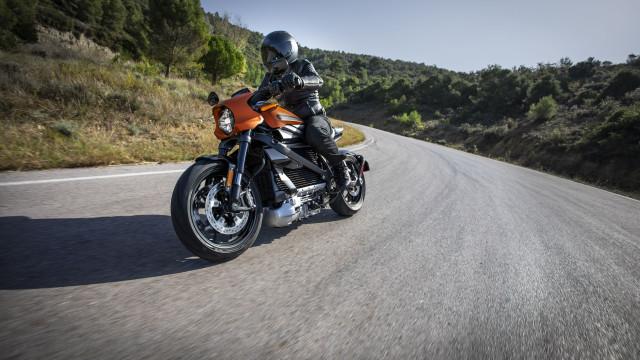 Harley-Davidson suspende produção de motas elétricas