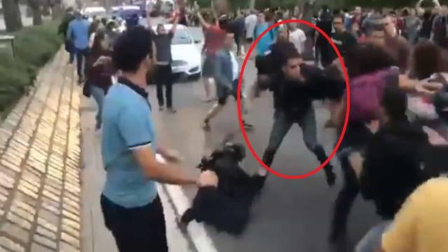 Barcelona: Agente da polícia é salva de agressão por colega à paisana