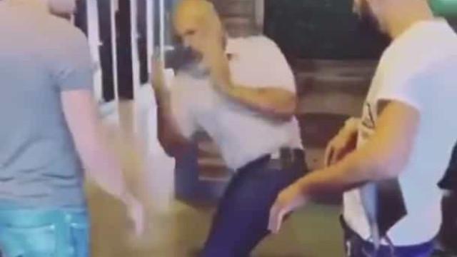 Sim, Mike Tyson ainda tem esta agilidade aos 53 anos