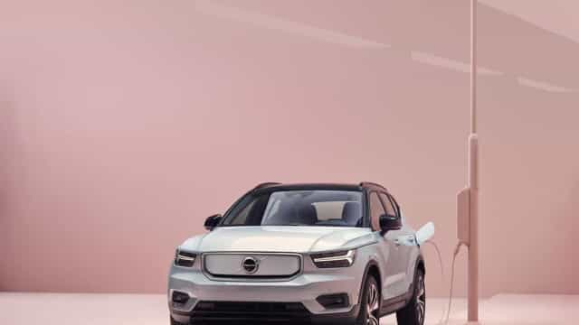 A Volvo desvendou o seu primeiro carro 100% elétrico