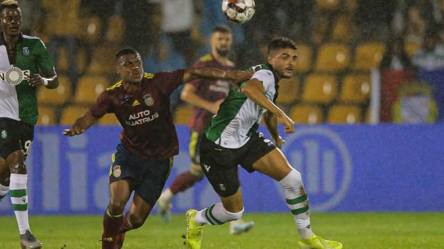 [1-0] Começa a segunda parte e Bruno Fernandes já entrou