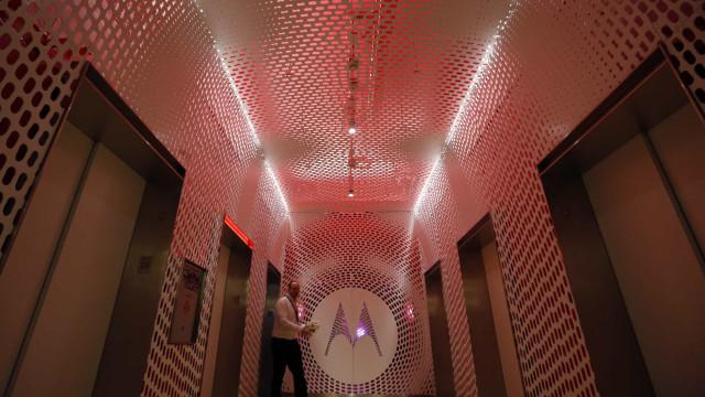 Motorola apresentará o novo Razr dobrável em novembro