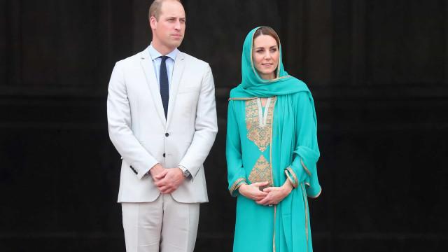 Foi assim que o príncipe William reagiu a susto durante viagem de avião