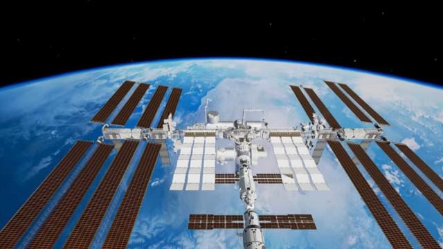 Fez-se História no Espaço com o primeiro passeio espacial feminino