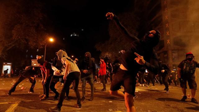 Alta tensão na Catalunha. Confrontos, 62 feridos e 17 detenções