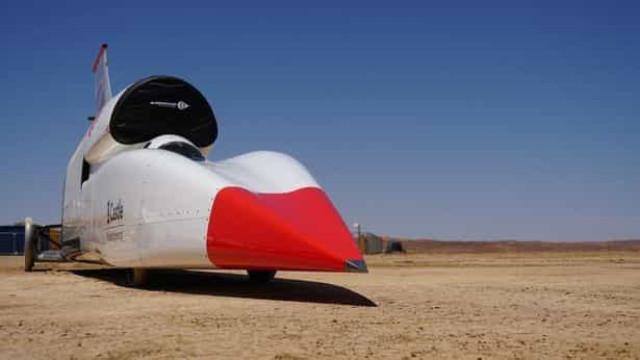 Carro é capaz de atingir os 800km/h e tentará estabelecer novo recorde