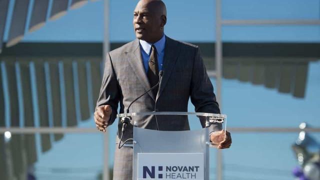 Michael Jordan abriu clínica médica para quem não tem seguro de saúde