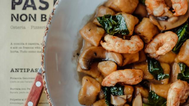 Pasta Non Basta celebra ingredientes sazonais com menu de época