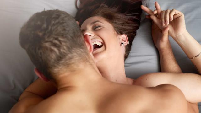 A três posições sexuais que todas as mulheres têm de experimentar (já)