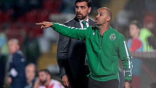 """ANTF volta a visar Sporting: """"Silas não pode ser treinador"""""""