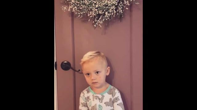 Menino desarma mãe (e internet) com reação a brincadeira e torna-se viral