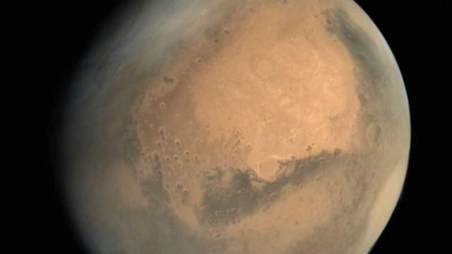 China pede cooperação internacional para teste de aterragem em Marte