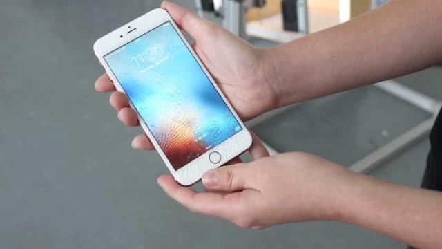 Colaborador da Apple acusado de roubar fotografia íntima de iPhone