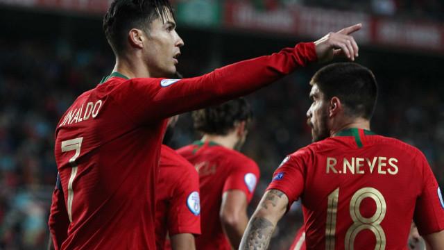 CR7 deu 'show' e Portugal só parou na meia dúzia