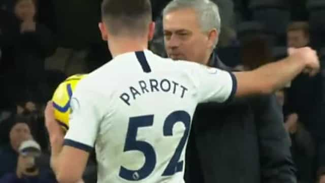 O gesto de Mourinho com um jovem de 17 anos que não passou despercebido