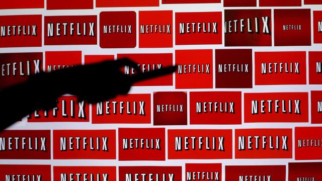 Netflix tem mais de 15 mil milhões de euros para investir em séries