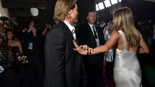Fãs vão à loucura com gesto de Brad Pitt para com Jennifer Aniston