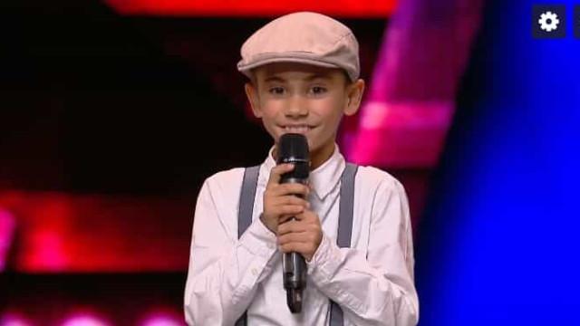 O menino de 9 anos que venceu um tumor e arrasou no palco do 'Got Talent'