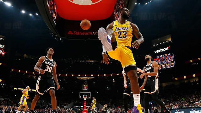 NBA: Ninguém vende mais camisolas do que LeBron James