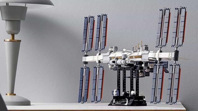 Fã do Espaço? Esta Estação Espacial Internacional em Lego é para si
