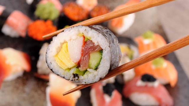 Mito ou facto: O sushi é saudável? Nutricionista responde