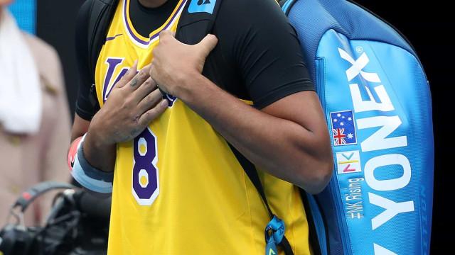 Kyrgios apareceu em court com camisola de Kobe para defrontar Nadal