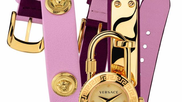 """A Versace quer que """"ofereça tempo a quem mais precisa"""""""