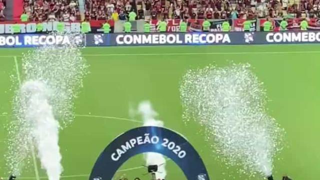 O momento em que Flamengo de Jesus levantou mais uma taça e fez história