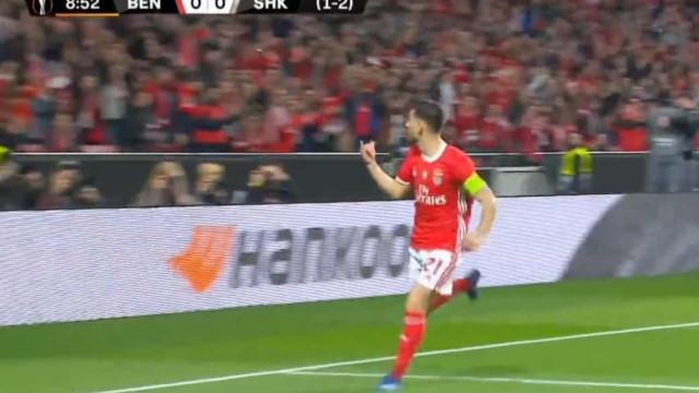Golaço de Pizzi adiantou o Benfica na Luz frente ao Shakhtar