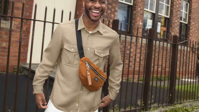 Raheem Sterling, do Manchester City, protagoniza campanha de homem da H&M