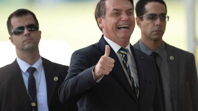 Covid-19: Twitter apaga vídeos de Bolsonaro por violarem recomendações