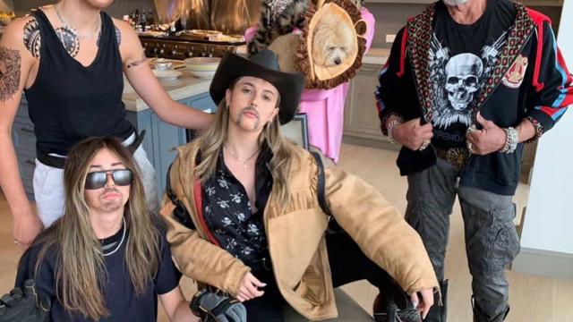 Família de Sylvester Stallone imita estrelas de 'Tiger King'
