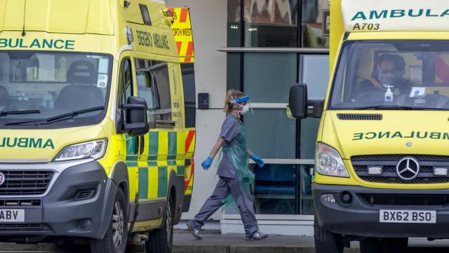 AO MINUTO: Portugal com mais de 8 mil casos; Mortes sobem no Reino Unido