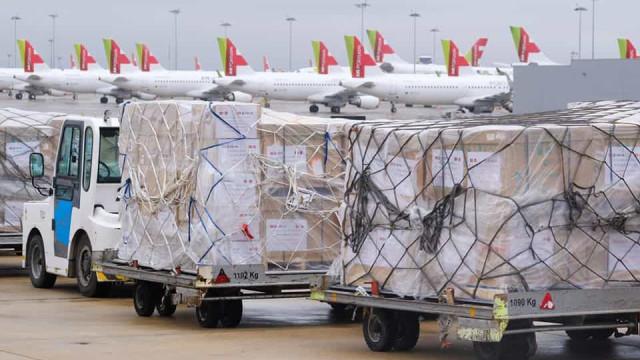 Ventiladores doados chegaram a Lisboa com mensagem especial
