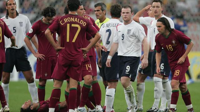 Rooney revela o que disse a CR7 após discussão no Mundial'2006
