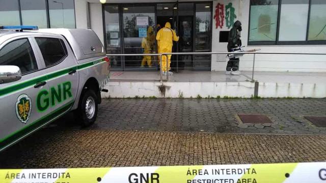 GNR descontamina unidade de saúde em Ovar. Eis as imagens
