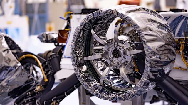 NASA já instalou as rodas do novo rover de Marte