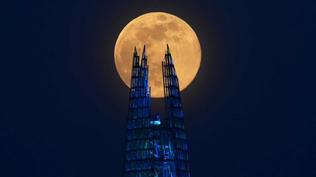 Vale a pena ver. Estas são as melhores imagens da mais recente Super Lua