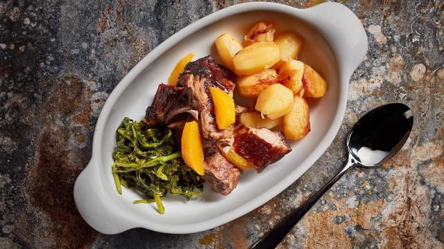 Restaurante Cabriz prepara e leva menu completo de Páscoa a casa