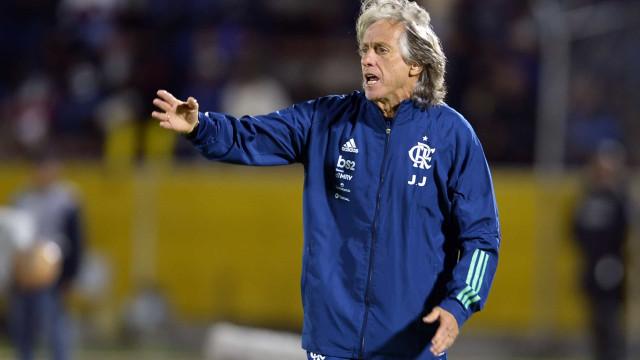 Renovação de Jorge Jesus com o Flamengo volta a complicar-se
