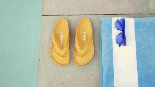 Birkenstock tem modelos coloridos para o verão